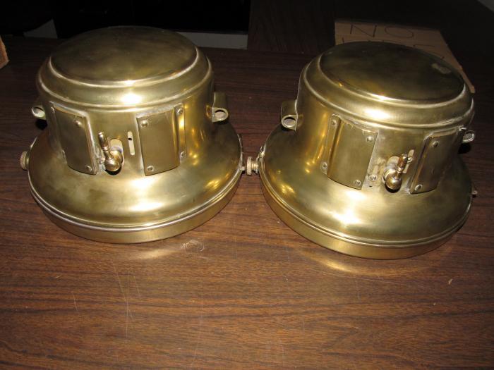 Carbide Car Headlights : Brass era acetylene auto headlights castle lamp co model